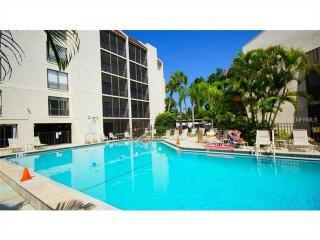 Stay on Siesta - Bay Oaks - Siesta Key vacation rentals