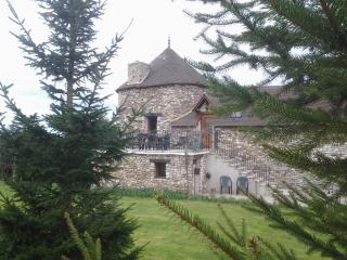 maison de vacances la tour au grande vigne - Saint-Etienne-sous-Bailleul vacation rentals