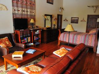 Skye Lodge in Spearfish Canyon, Black Hills, S.D. - Sturgis vacation rentals