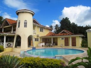Gorgeous Villa with Internet Access and A/C - Arnos Vale vacation rentals