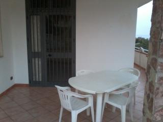 Cozy 2 bedroom Townhouse in Alcamo - Alcamo vacation rentals