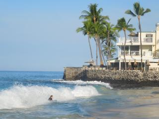 Affordable Oceanfront in Kona - 10 yds from ocean! - Kailua-Kona vacation rentals