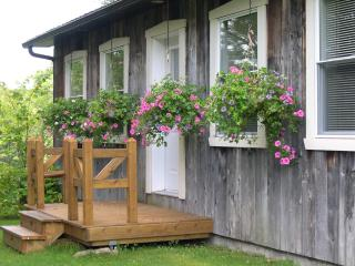 2 bedroom House with Deck in Rawdon - Rawdon vacation rentals
