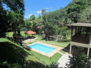 Adorable Guapimirim vacation Cottage with Balcony - Guapimirim vacation rentals