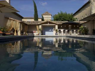 Beautifully Restored Bastide with Swimming Pool and Jacuzzi, Close to Uzès, Sleeps 14 - Languedoc-Roussillon vacation rentals