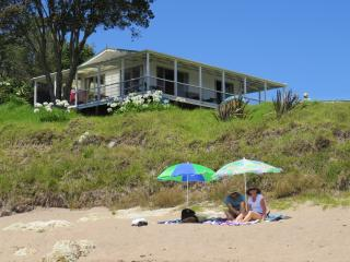 Beachfront Escape - Tapeka Bach - Russell vacation rentals
