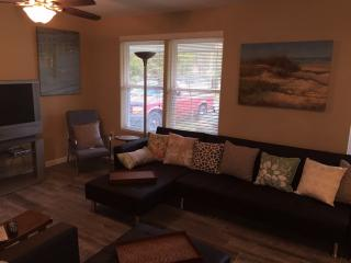 Charles Ave - Pets welcome - Long Beach vacation rentals
