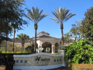 Windsor Hills 3bed Townhouse/pool 2 miles Disney - Kissimmee vacation rentals
