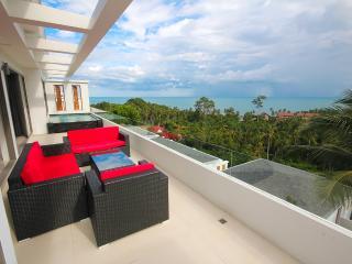 2-Bedrooms Sea View Penthouse Suite in Lamai - Koh Samui vacation rentals