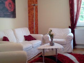Vacation Apartment in Munich - 99760 sqft, bright, comfortable (# 4727) - Eisenhofen vacation rentals