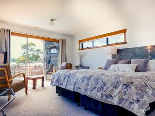 Ulverstone Coast 2 Canyon Boutique House - Ulverstone vacation rentals