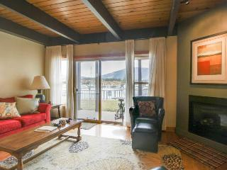 Two-story lakefront condo with shared hot tub, pool, and tennis - South Lake Tahoe vacation rentals