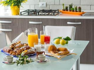 Arricàmpati camera 5 pax vista mare uso cucina - Carini vacation rentals