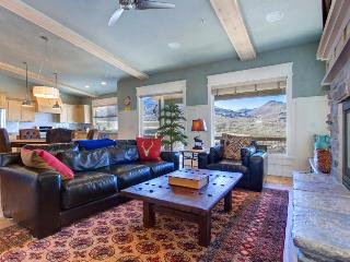 Luxury home w/ private hot tub & mountain views - close to skiing at Deer Valley - Park City vacation rentals
