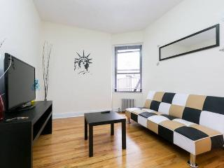 NEW-Awesome 2 Bed. Minutes to Manhattan! - Astoria vacation rentals