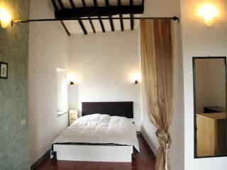 LO STRUZZO (Vetralla) - Lazio vacation rentals