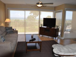 Nice 2 bedroom Jacksonville Beach Condo with A/C - Jacksonville Beach vacation rentals