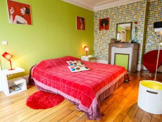 bnb folie mericourt - Paris vacation rentals