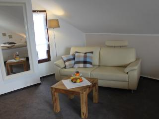 Romantic 1 bedroom Mohnesee Guest house with Internet Access - Mohnesee vacation rentals