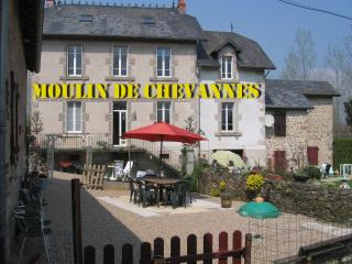 Nice Bed and Breakfast with Internet Access and Central Heating - Saint-Didier-sur-Arroux vacation rentals