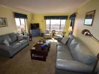 INNJOY~Point Emerald Villas~Oceanfront 2bd/2.5ba - Emerald Isle vacation rentals