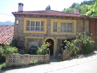 Cereceda: Potes, Picos de Europa - Spain vacation rentals