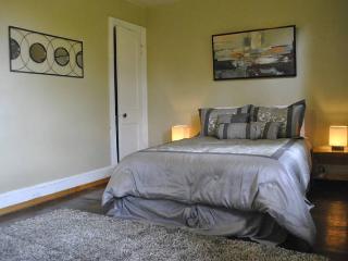 The House on the Hill - Fairmont: 3 BR, 1.5 BA, Deck, Sleeps 6+ - Washington DC vacation rentals