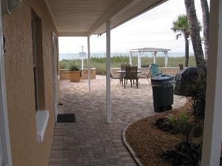 Casey Key Beach Courtyard Efficiency - Unit 22 - Nokomis vacation rentals