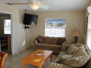 Casey Key Bayside One Bedroom - Unit 32 - Nokomis vacation rentals