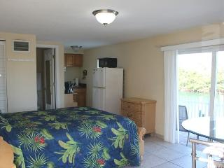 Casey Key Bayview Efficiency - Unit 45 - Nokomis vacation rentals