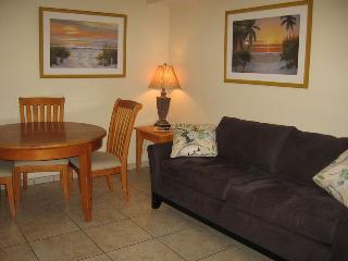 Casey Key Beach Courtyard One Bedroom - Unit 19 - Nokomis vacation rentals