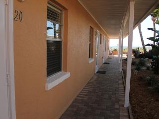 Casey Key Beach Courtyard Efficiency - Unit 20 - Nokomis vacation rentals
