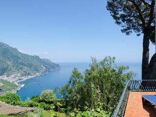 Casa Ravello - Sky, sea and quiet - Cava De' Tirreni vacation rentals