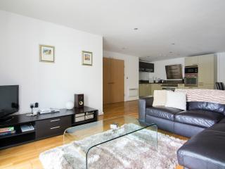 2 bedroom Apartment with Internet Access in Brighton - Brighton vacation rentals