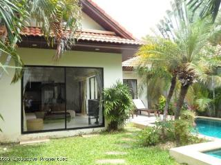 View Talay Villas: Pretty 1 Bedroom Pool Villa  - 548 - Pattaya vacation rentals