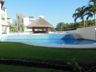 One block from the beach, 2br apartment - Playa del Carmen vacation rentals