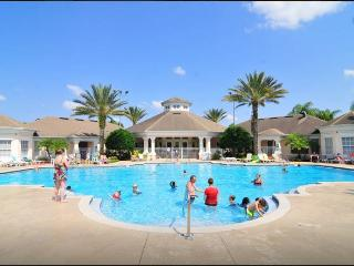 3 Bedroom Luxury Condo, 3 Miles to Disney World - Four Corners vacation rentals