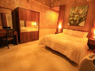 2 + 1 BR, De Reiz Villa Ethnic Syariah - Bandung vacation rentals