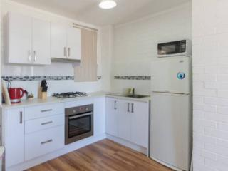Romantic 1 bedroom Fremantle Apartment with A/C - Fremantle vacation rentals