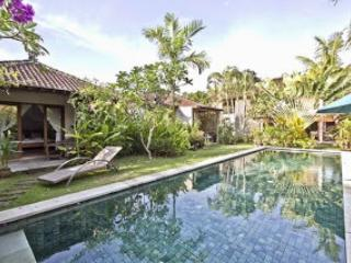 Luxurious Villa Seminyak Oberoi 4 bedrooms - Seminyak vacation rentals
