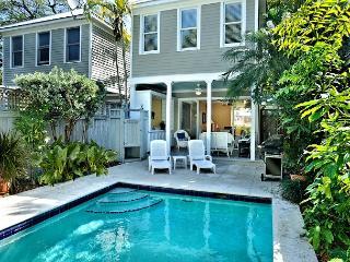 Havana Oasis - Luxury 2-Home, Group Rental w/ 2 Pvt Pools. Sleeps 12! - Key West vacation rentals