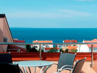 Amazing apartment Bety 9 for 5 pax next to the beach in Novalja - Novalja vacation rentals