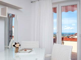 Charming apartment  Bety 10 for 3 pax with sea view in Novaljav - Novalja vacation rentals