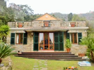 villa Sant'ignazio-con accesso privato al mare - Bogliasco vacation rentals