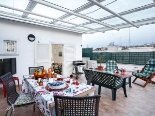 2 bedroom Apartment with Internet Access in Vatican City - Vatican City vacation rentals