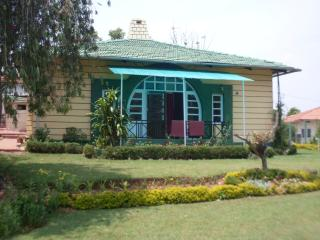 SREE HARSHAV COTTAGES - HOME STAY IN COONOOR - Ootacamund vacation rentals
