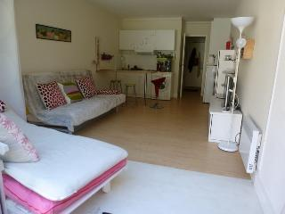 Appartement studio 31 m² 3 personnes + piscine + terrasse + 2 tennis - Jard-sur-Mer vacation rentals