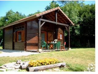 Bourgogne, gite en chalet bois, près de Vézelay. - Saint-More vacation rentals