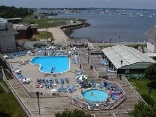 2 bedroom Condo with Deck in Newport - Newport vacation rentals