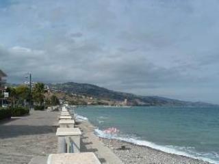 Calabria - (V) Alto Jonio  - 100 mt dal mare - Montegiordano vacation rentals